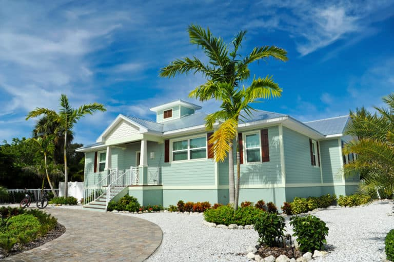 Best Colors For Beach Houses